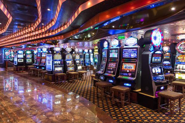 Kreuzfahrt Casino an - 721928